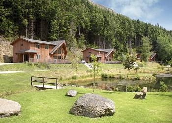 Penvale Lake Lodges