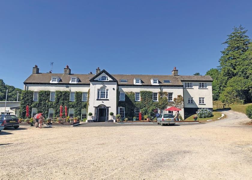 Llwyngwair-Manor-Holiday-Park