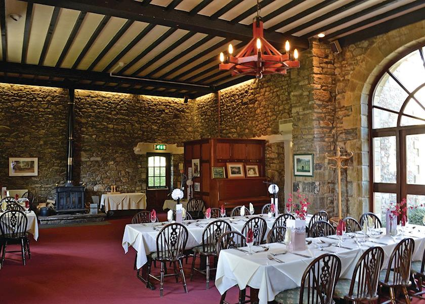 Pantglas-Hall-Lodges