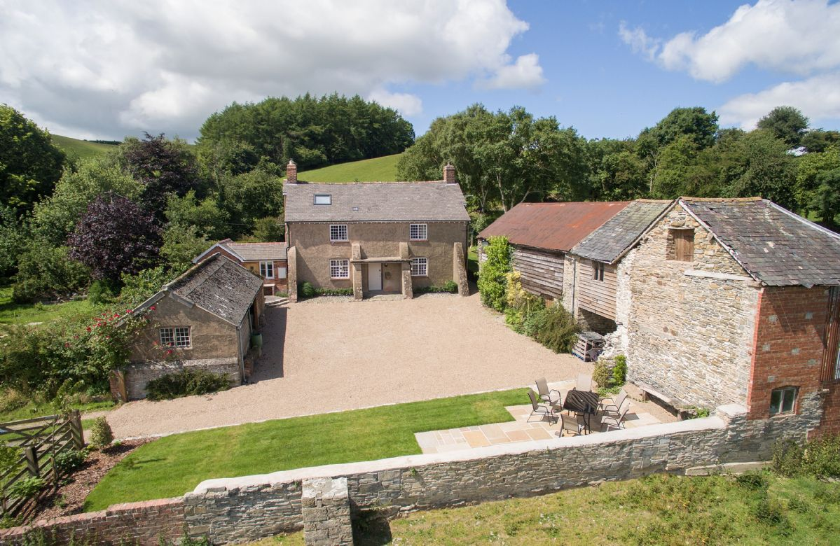 Draenllwynellen a british holiday cottage for 6 in ,