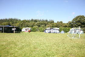 Riverside-Caravan-and-Camping-Park
