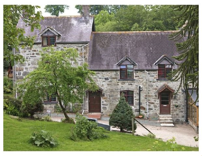 Click here for more about Rhiwlas Cottage