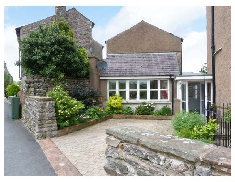 Click here for more about Peel Cottage