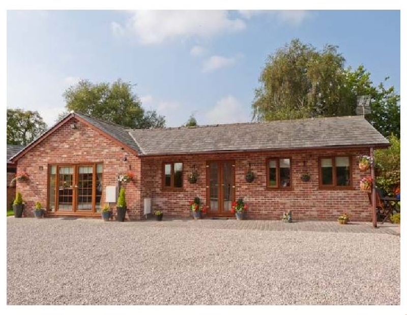 Click here for more about Wild Duck Lodge