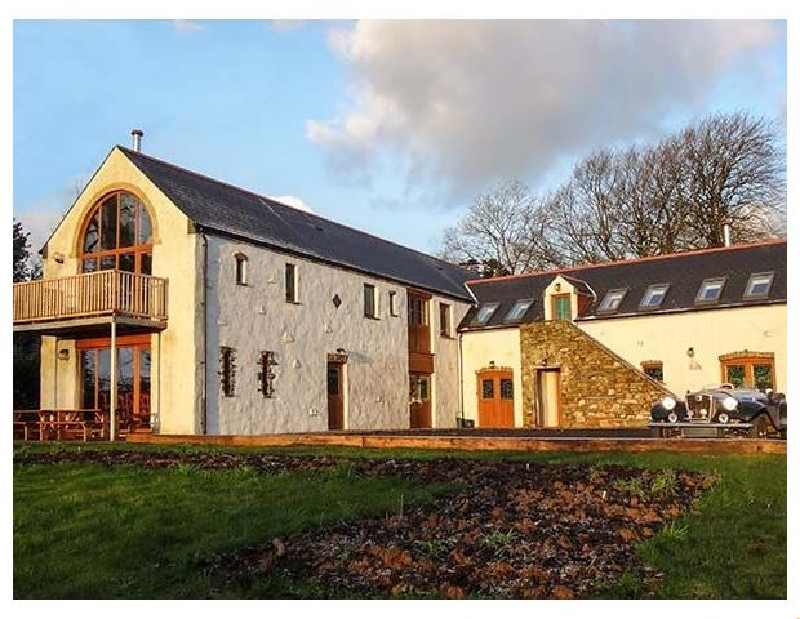 Click here for more about Four-Acres Barn
