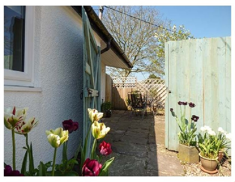 Click here for more about Rectory Cottage