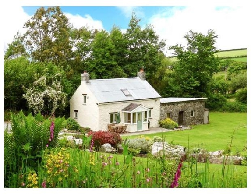 Click here for more about Pwll Cottage