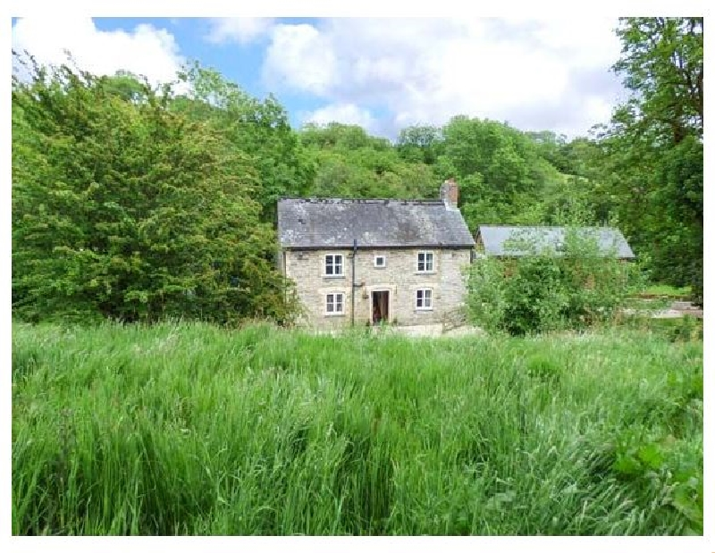 Click here for more about Ploony Cottage