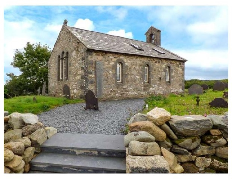 Eglwys St Cynfil a british holiday cottage for 4 in ,