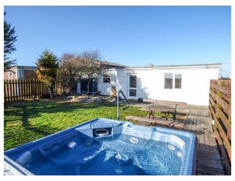 Click here for more about Cefn Farm Cottage