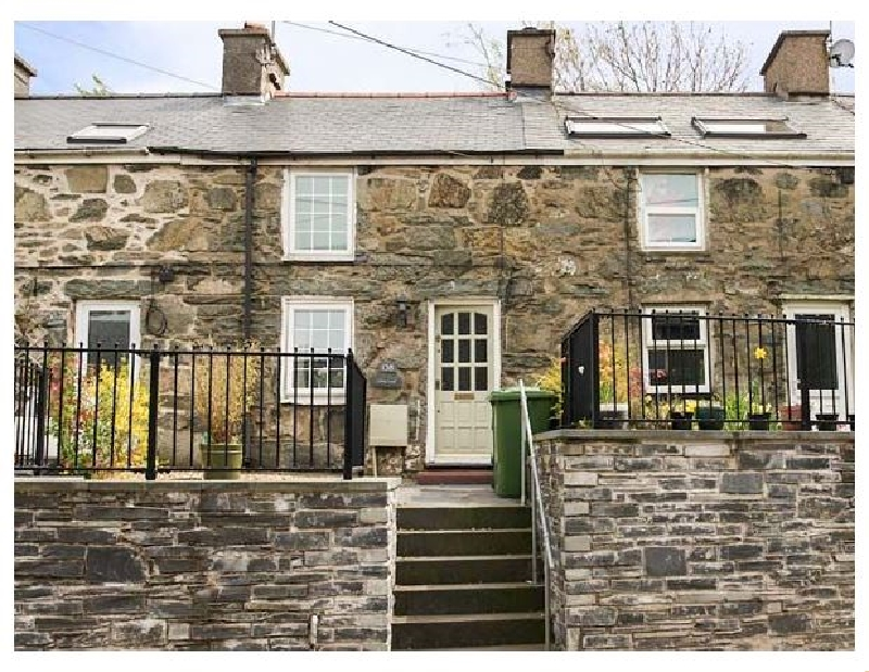 Carreg Lwyd a british holiday cottage for 3 in ,
