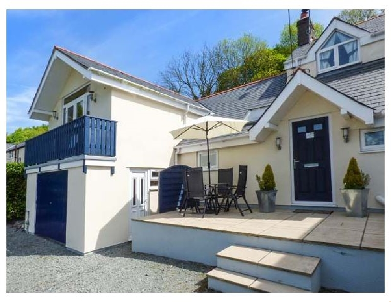Click here for more about Rainbow Cottage