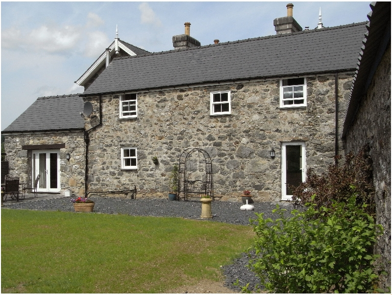 Click here for more about Y Bwythyn at Henfaes