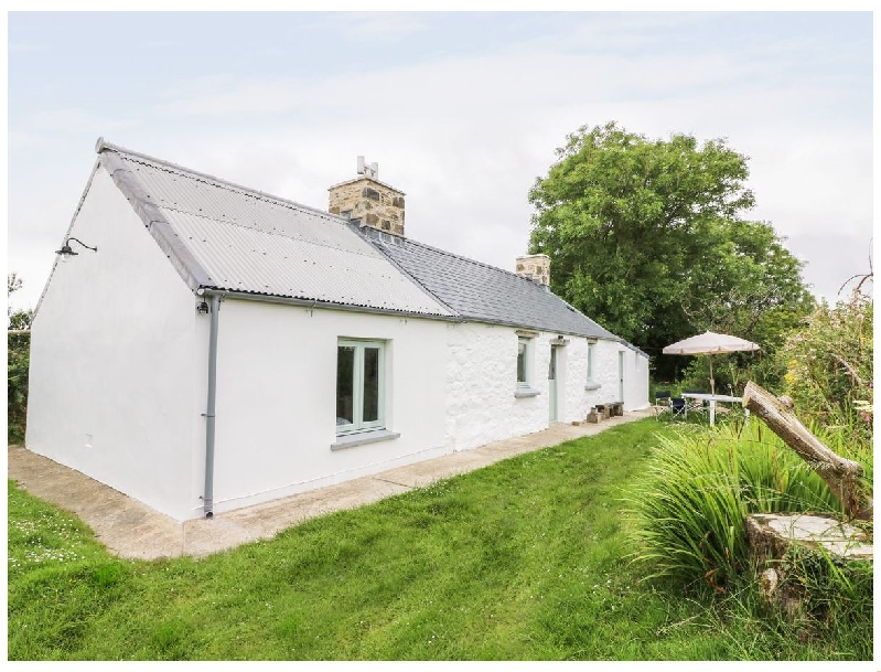 Rhos y Clegyrn a british holiday cottage for 3 in ,
