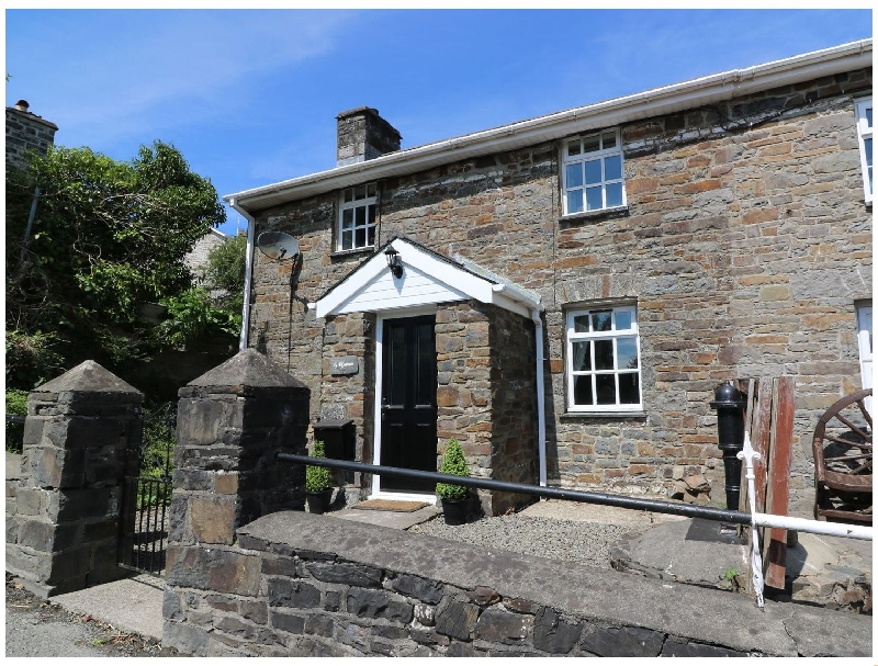 Ty Ffynnon a british holiday cottage for 6 in ,