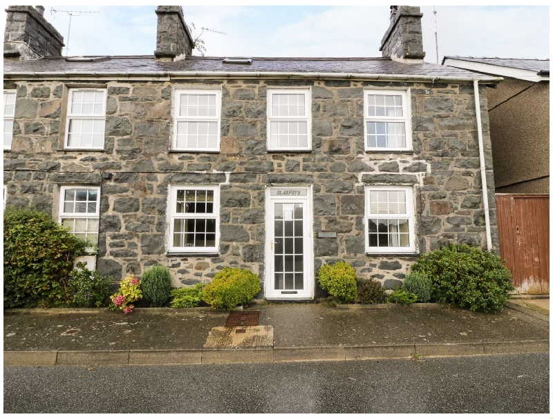 Glasfryn a british holiday cottage for 6 in ,