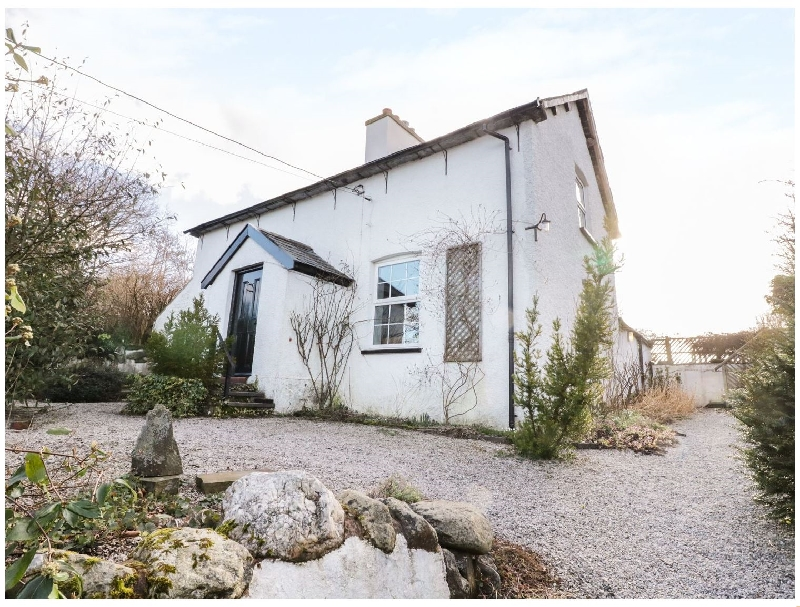 Ty Du a british holiday cottage for 6 in ,