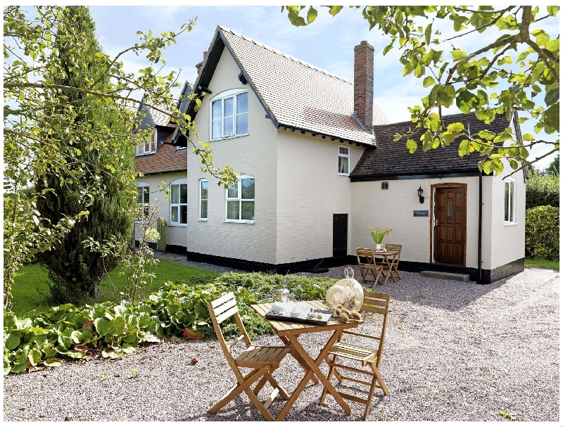 Click here for more about Ploughmans Cottage