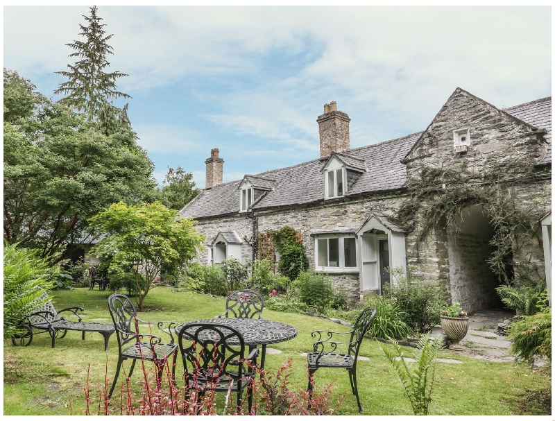 Details about a cottage Holiday at College Cottage
