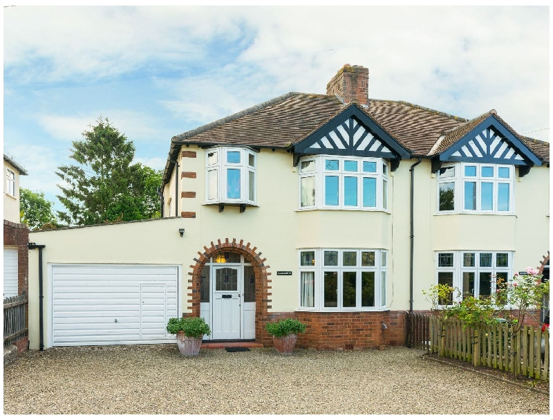 Click here for more about Sunningdale