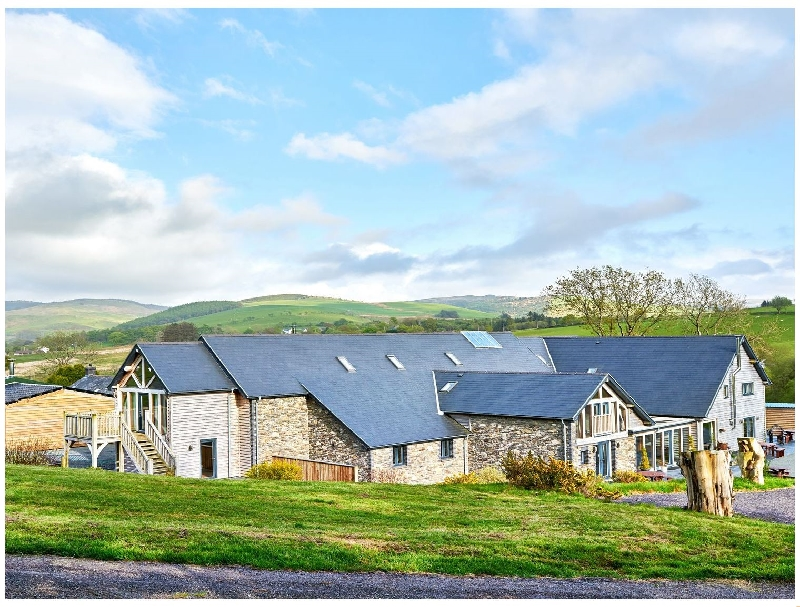 Tynrhyd Barn a british holiday cottage for 38 in ,