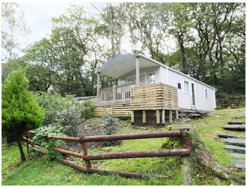The Hollies a british holiday cottage for 4 in ,