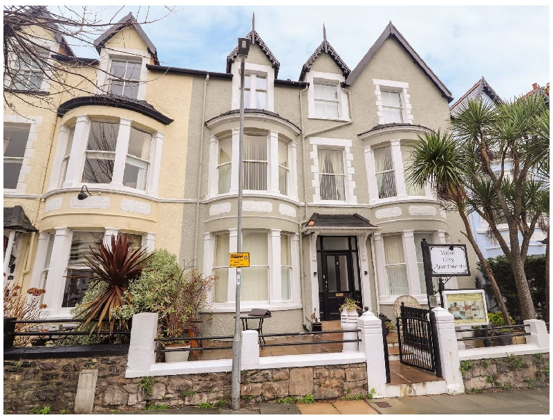 Flat 3 a british holiday cottage for 6 in ,