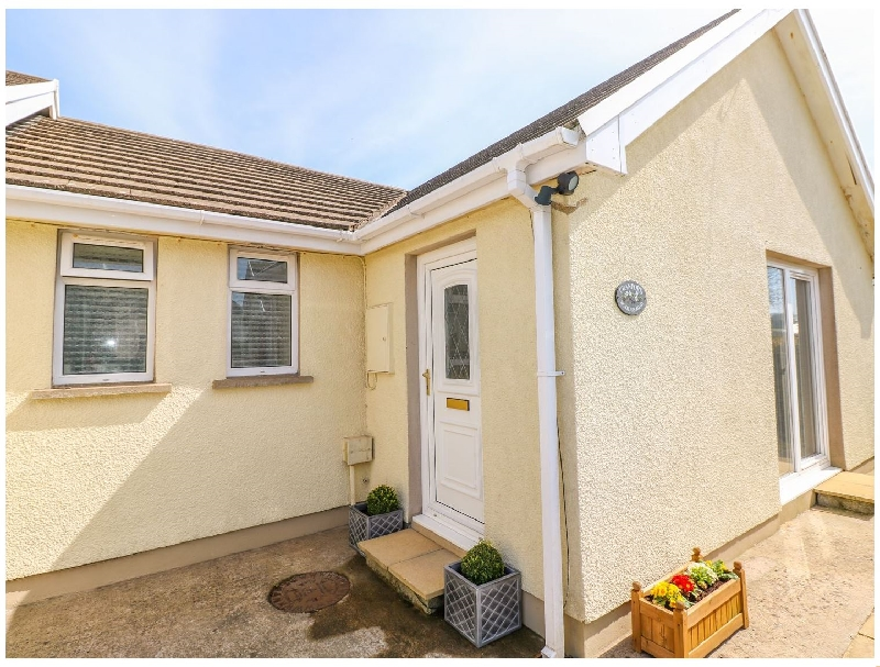 Click here for more about Cranford Cottage