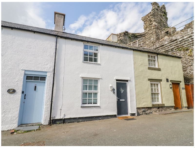 15 Sea View Terrace a british holiday cottage for 4 in ,