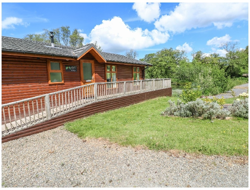 Click here for more about Oak Lodge