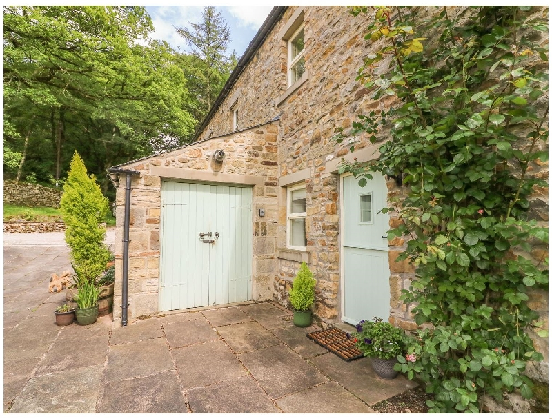 Click here for more about Spens Farm Cottage