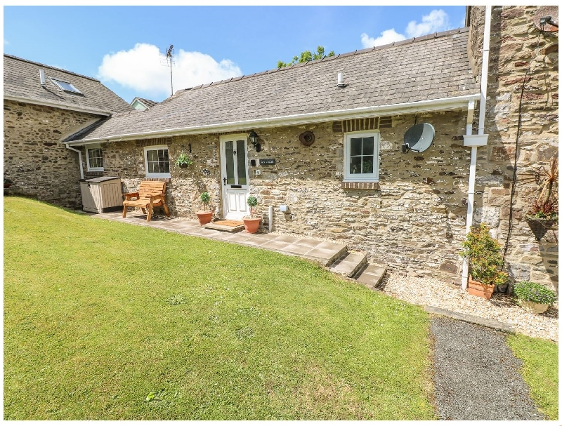 Click here for more about 4 Honeyborough Farm Cottages