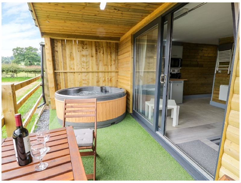 Click here for more about Cilan Lodge