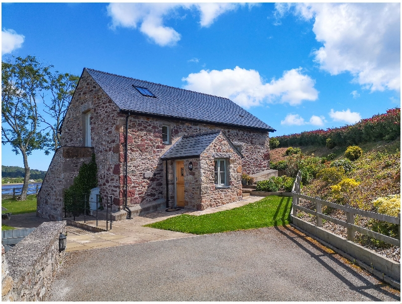 Click here for more about Estuary Cottage