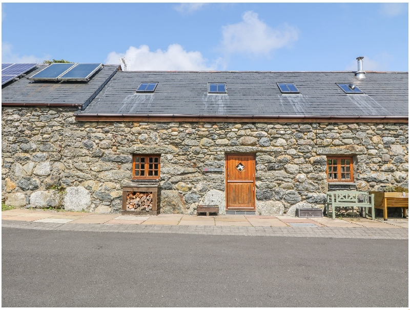 Craig Y Deryn a british holiday cottage for 4 in ,