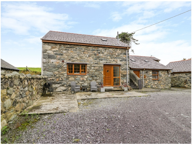 Y Beudy a british holiday cottage for 2 in ,