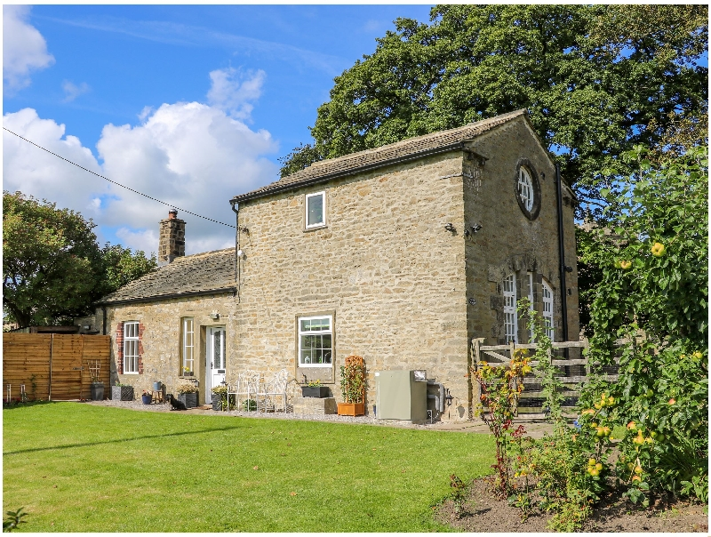 Click here for more about Glebe Cottage