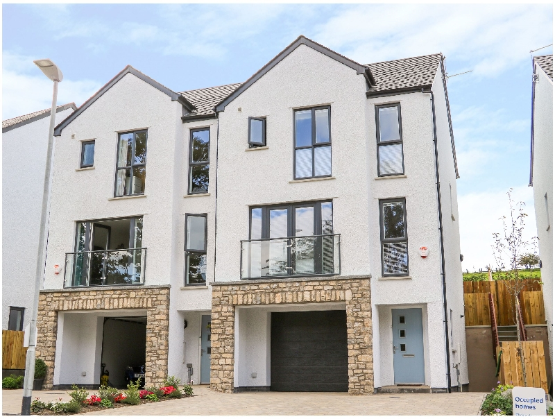 Click here for more about 5 Oakfield Park